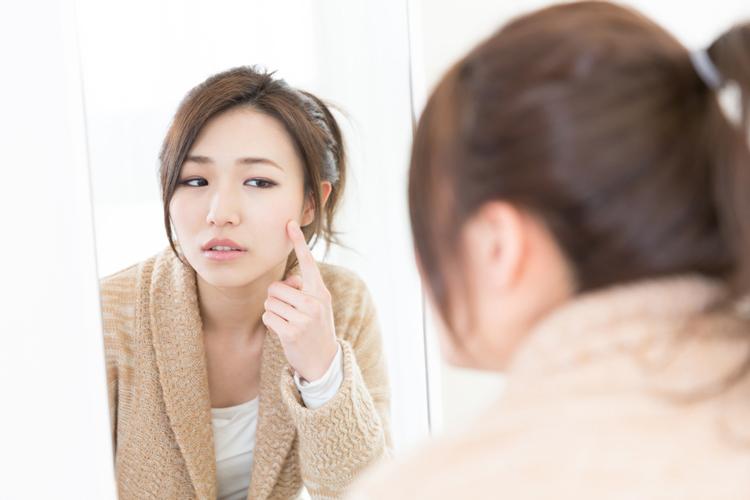 黒ずみ毛穴は2種類存在する?タイプ別原因と解消法