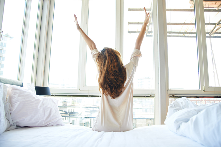 質の良い睡眠で美しい素肌を手に入れる方法